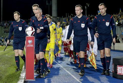 WM-Qualifikation 2018 : FLF bietet Dauerkarten an