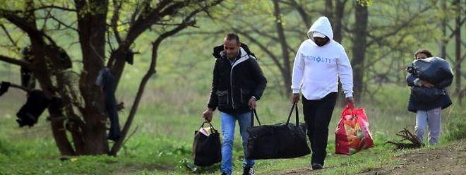 Gegenüber dem zweiten Halbjahr 2015 ist die Zahl der Asylanträge bislang rückläufig.