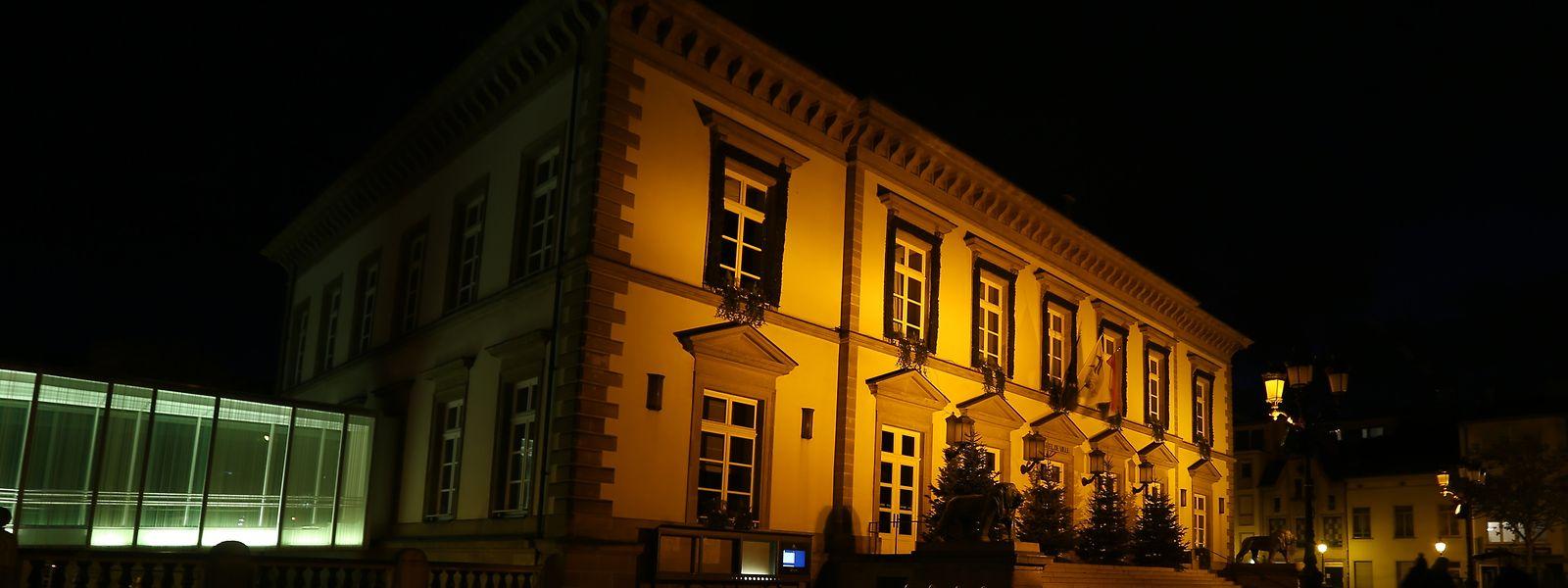 Auch dieses Jahr werden wieder viele Gebäude orange angestrahlt, um Solidarität zu bekunden