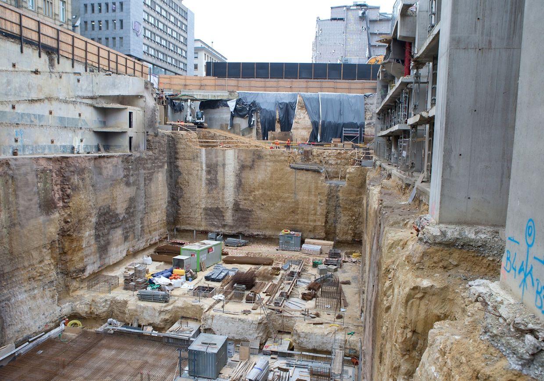 Le chantier du Royal Hamilius avance dans les temps malgré les conditions météo.