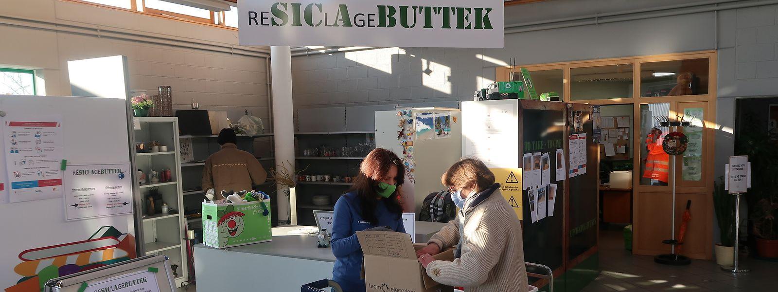 Über 46 Tonnen Gegenstände wechselten 2020 im Resiclagebuttek des SICA in Kehlen den Besitzer.