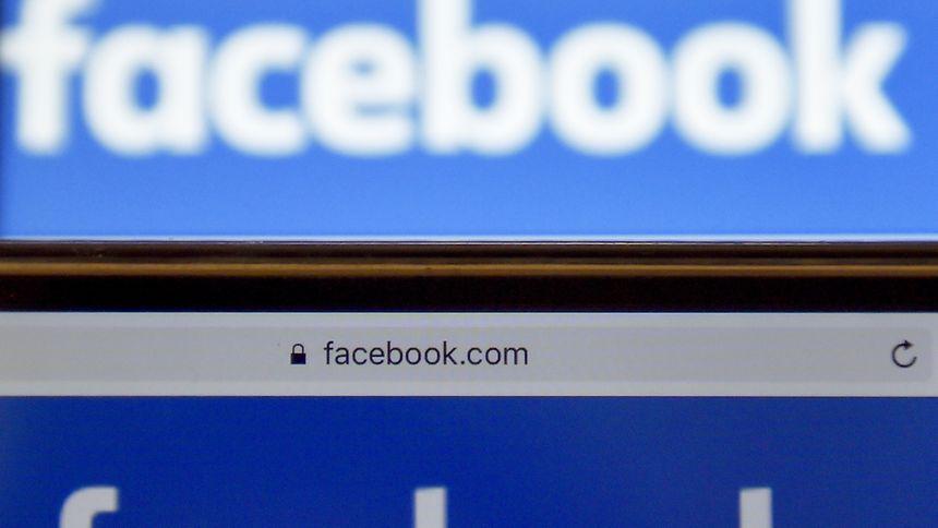 Facebook avait déjà lancé une fonctionnalité de vidéos en direct avec FaceBook Live et fait part de son intention d'investir dans des contenus vidéos.