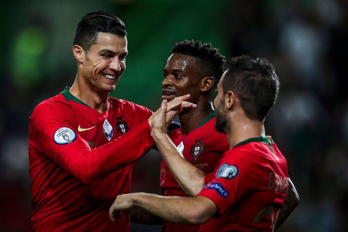 Cristiano Ronaldo toujours aussi heureux de retrouver ses partenaires en sélection.