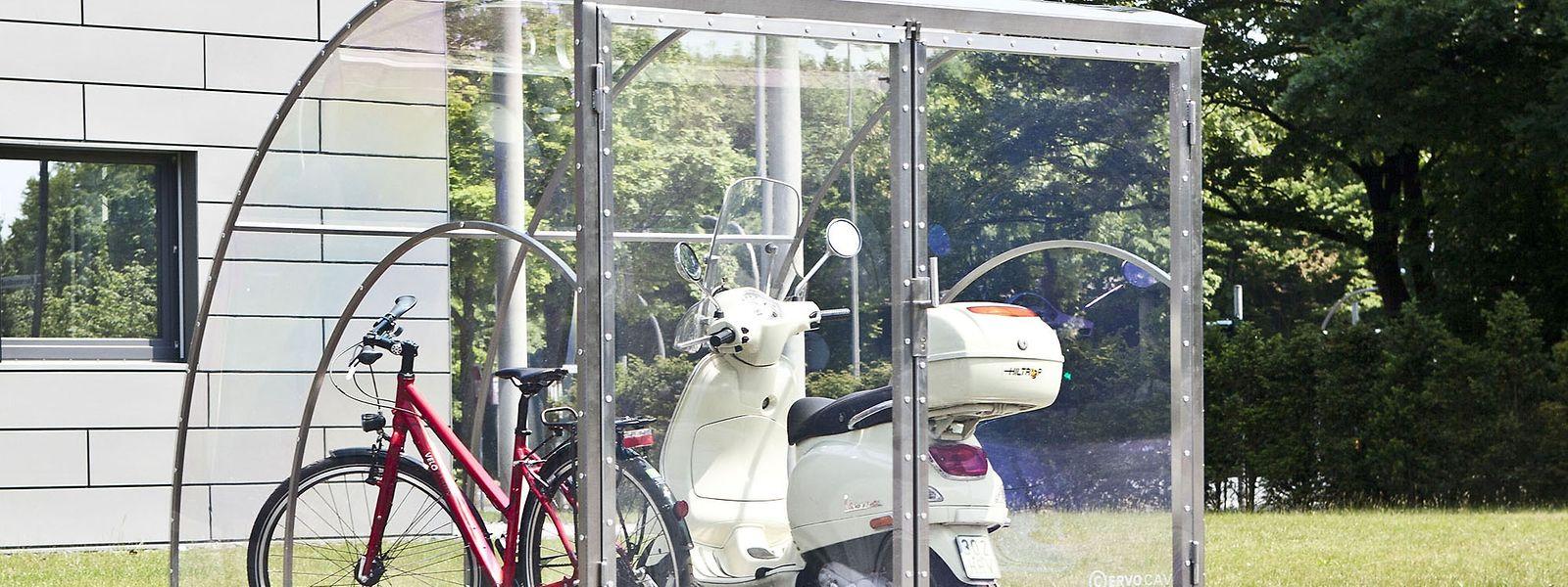 Eine abschließbare Garage wie hier von Cervotec (je nach Größe ab ca. 2800 Euro) verwahrt das eigene Fahrrad oder Moped sicher und wettergeschützt.
