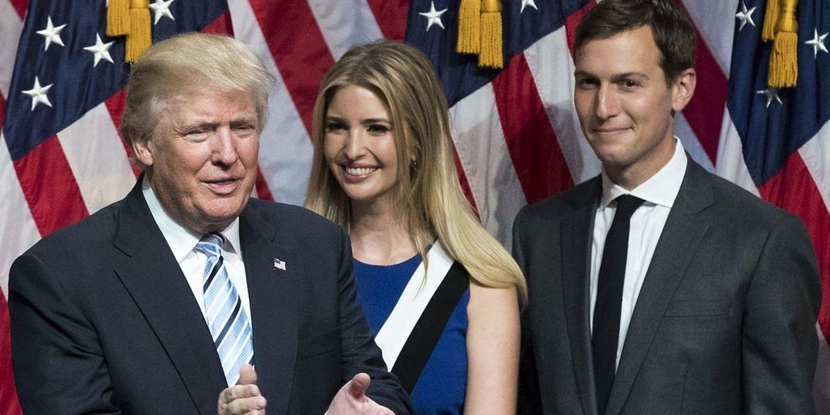 Donald Trump mit seiner Tochter Ivanka und ihrem Ehemann Jared Kushner.