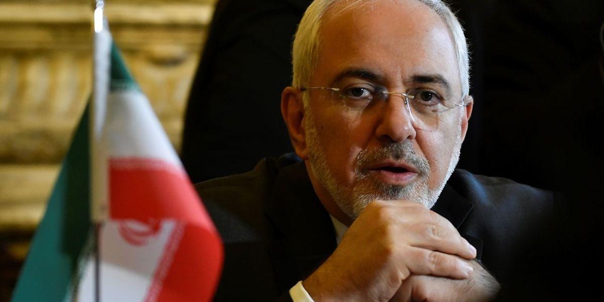 O ministro dos Negócios Estrangeiros iraniano acusou o Presidente norte-americano, Donald Trump, de procurar sabotar o acordo nuclear