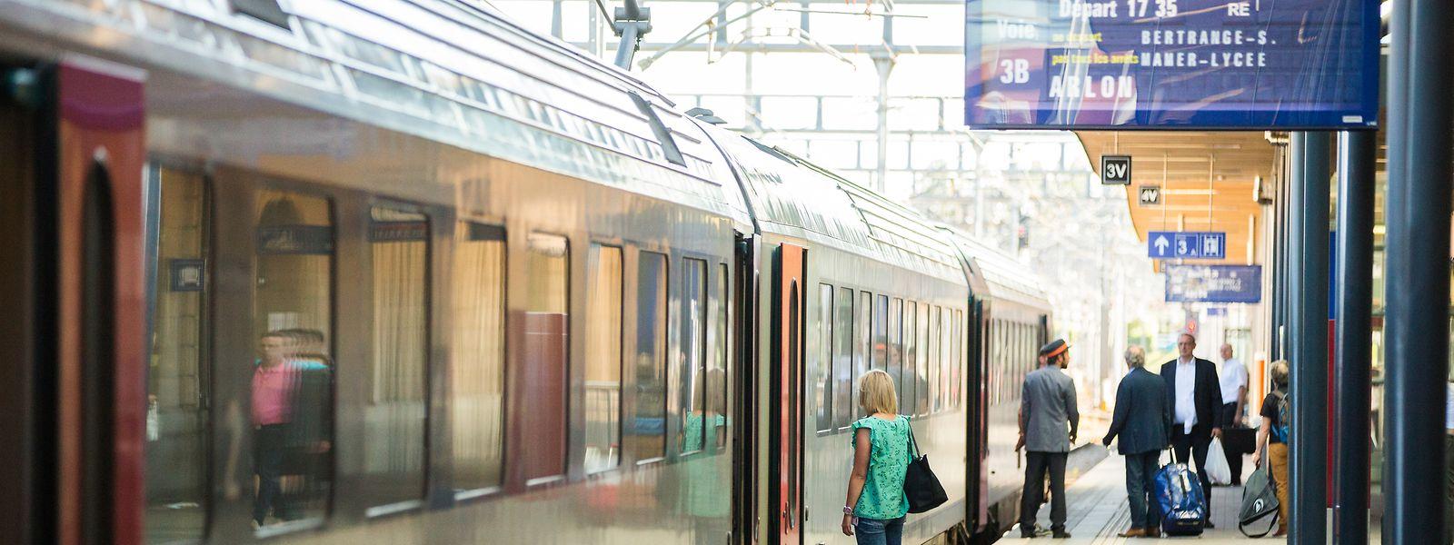 Le matériel vétuste continuera d'obliger les navetteurs à un changement de train en gare d'Arlon.