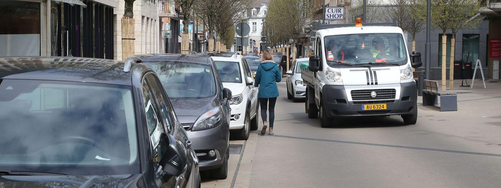 An Wochentagen dürfen Autos durch das Zentrum fahren. Samstags sind sie unerwünscht.