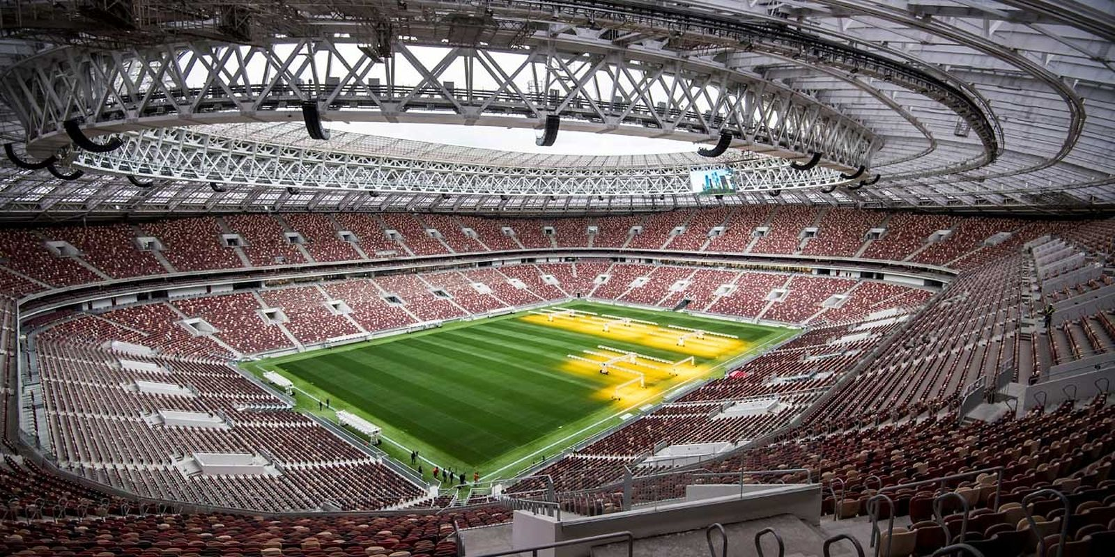 Stade Loujniki (80.000 places). Matchs disputés (7): Russie - Arabie saoudite (14 juin), Allemagne - Mexique (17 juin), Portugal - Maroc (20 juin), Danemark - France (26 juin), un huitième de finale (1er juillet), une demi-finale (11 juillet), la finale (15 juillet).