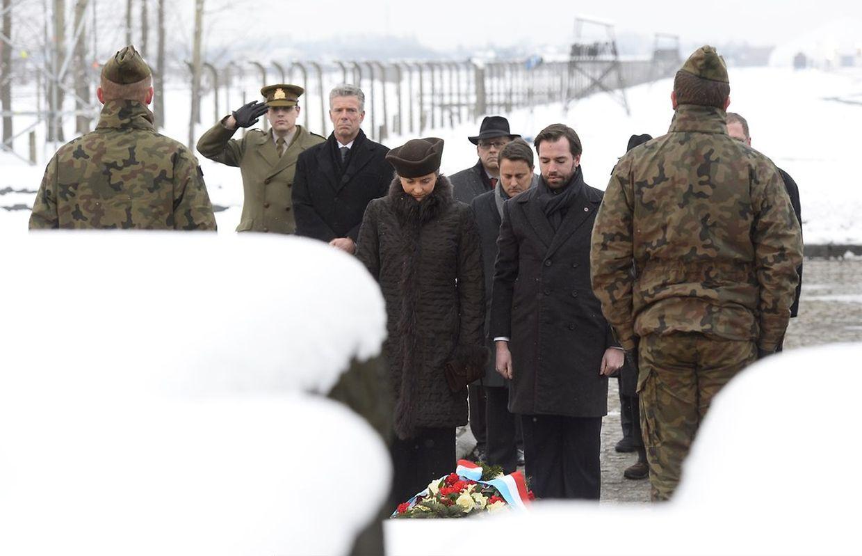 Erbgroßherzog Guillaume und seine Frau Stephanie haben am Dienstag in Auschwitz eine Gedenktafel für die Opfer des Nationalsozialismus eingeweiht.