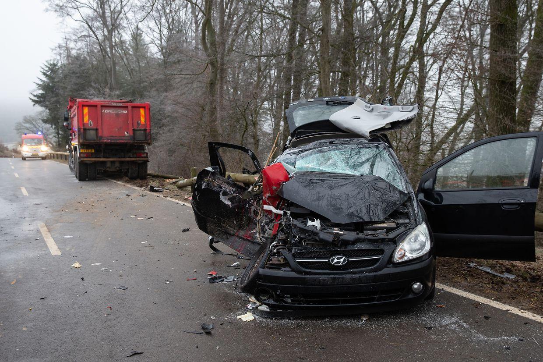 An dem Personenwagen entstand Totalschaden.