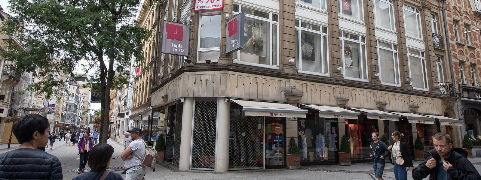 Das Teppichgeschäft befindet sich seit 1981 an der Ecke Grand-Rue/Rue des Capucins.