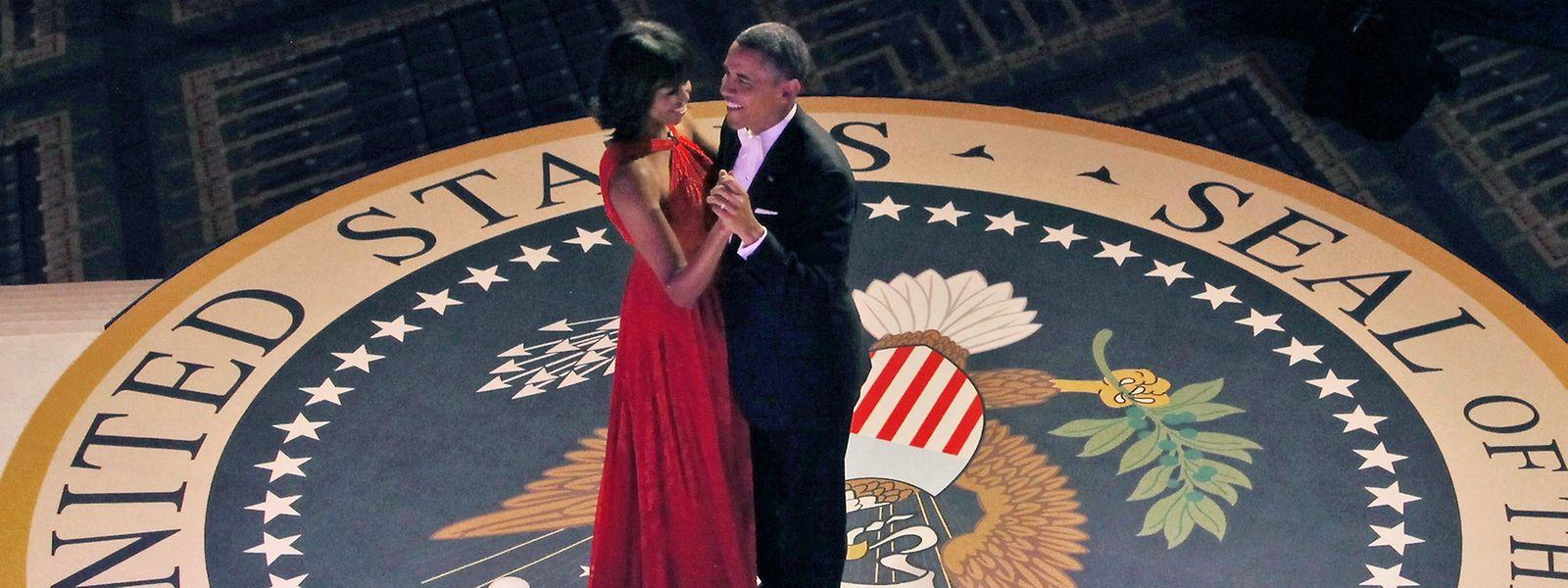 Der neue Präsident braucht am Tag seiner Amtseinführung Durchhaltevermögen: Das Ehepaar Obama zeigte sich nach der ersten Vereidigung 2009 auf zehn Bällen.