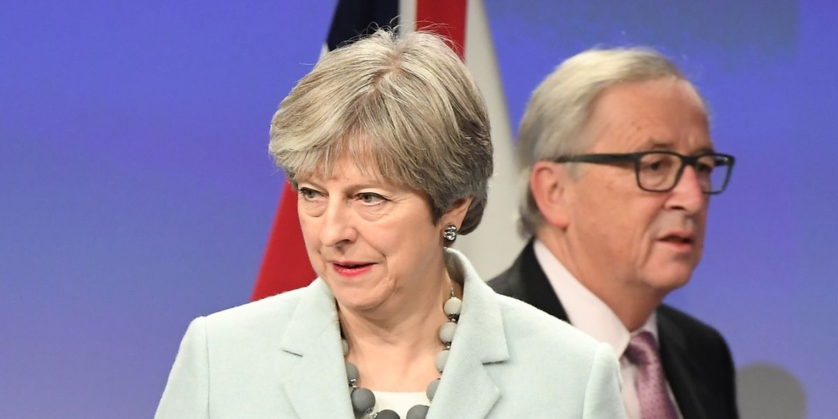 Am Freitagmorgen in aller Frühe stand Theresa May schon neben Kommissionschef Jean-Claude Juncker und verkündete den ersten Durchbruch bei den Brexit-Verhandlungen.