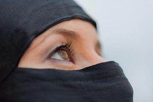 Verschleierung, Niqab, Voile, Islam, Foto: Shutterstock