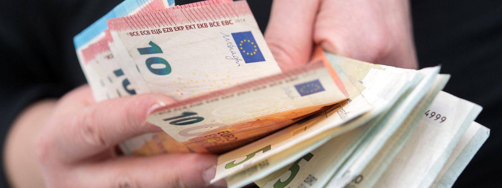 Laut Nicolas Schmit soll zum 1. Januar 2019 der Nettomindestlohn um 100 Euro im Vergleich zu heute erhöht werden.