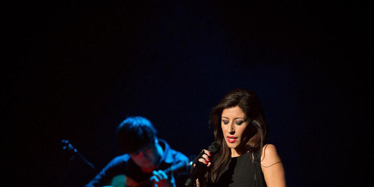 """A versão ao vivo do disco """"Desfado"""", de Ana Moura, gravada no festival Caixa Alfama, venceu este ano o Prémio Amália para o Melhor Disco do Ano."""