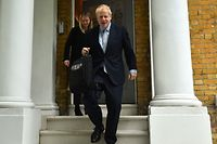 Conservative MP Boris Johnson leaves his home in London on June 13, 2019. - The 10 candidates running to replace Britain's outgoing Prime Minister Theresa May face the first round of voting on Thursday -- when at least one will get the chop. (Photo by Glyn KIRK / AFP)