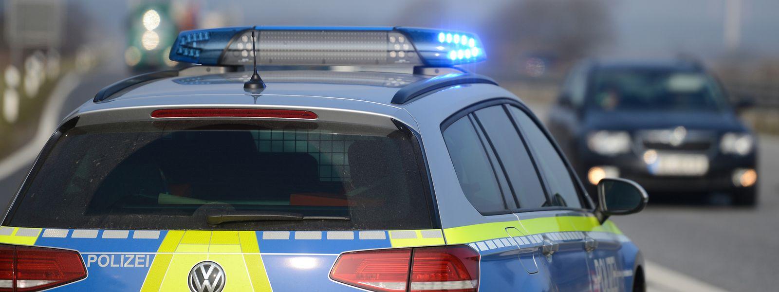 In Rheinland-Pfalz wurde ein mit einer Axt bewaffneter Mann von der Polizei erschossen. (Symbolbild)