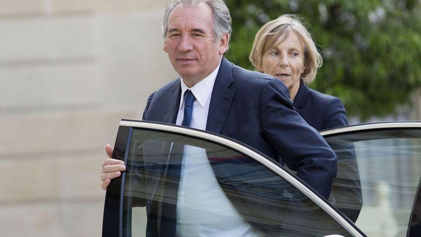 François Bayrou et Marielle de Sarnez annoncent qu'ils quittent le gouvernement