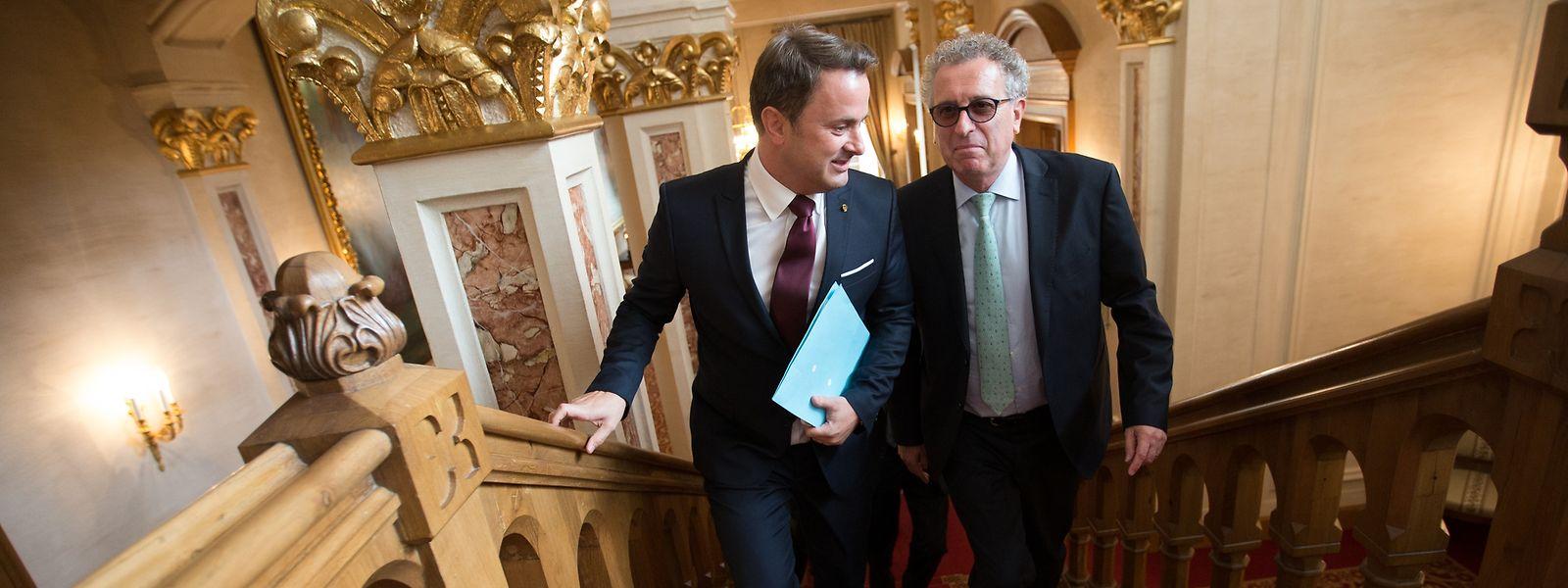 La première loi adoptée par les députés sous la nouvelle coalition est la transposition de la directive européenne contre l'optimisation fiscale