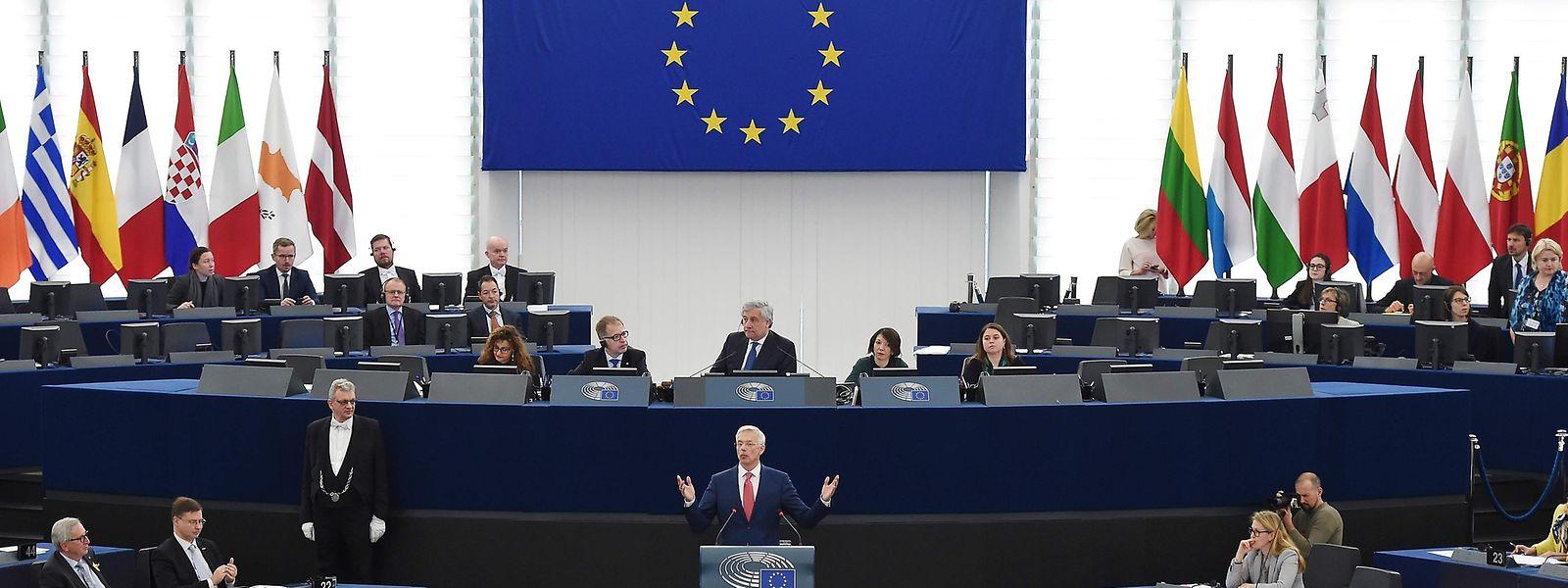 Parlamento Europeu está sediado em Bruxelas, capital belga.
