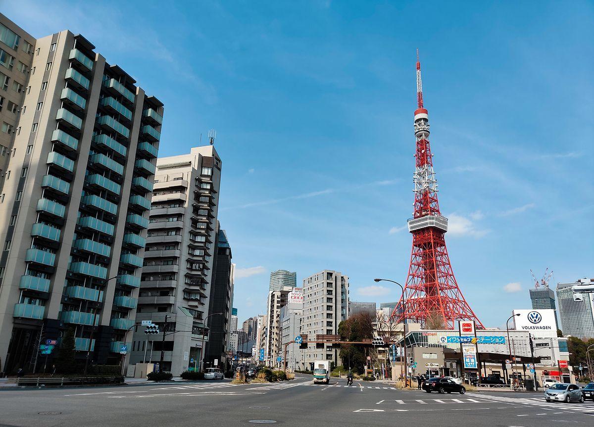 Wer den Eiffelturm sehen will, muss - zumindest wenn es auch eine Kopie sein darf  - nicht nach Paris reisen. In Tokio steht eine Nachbildung.