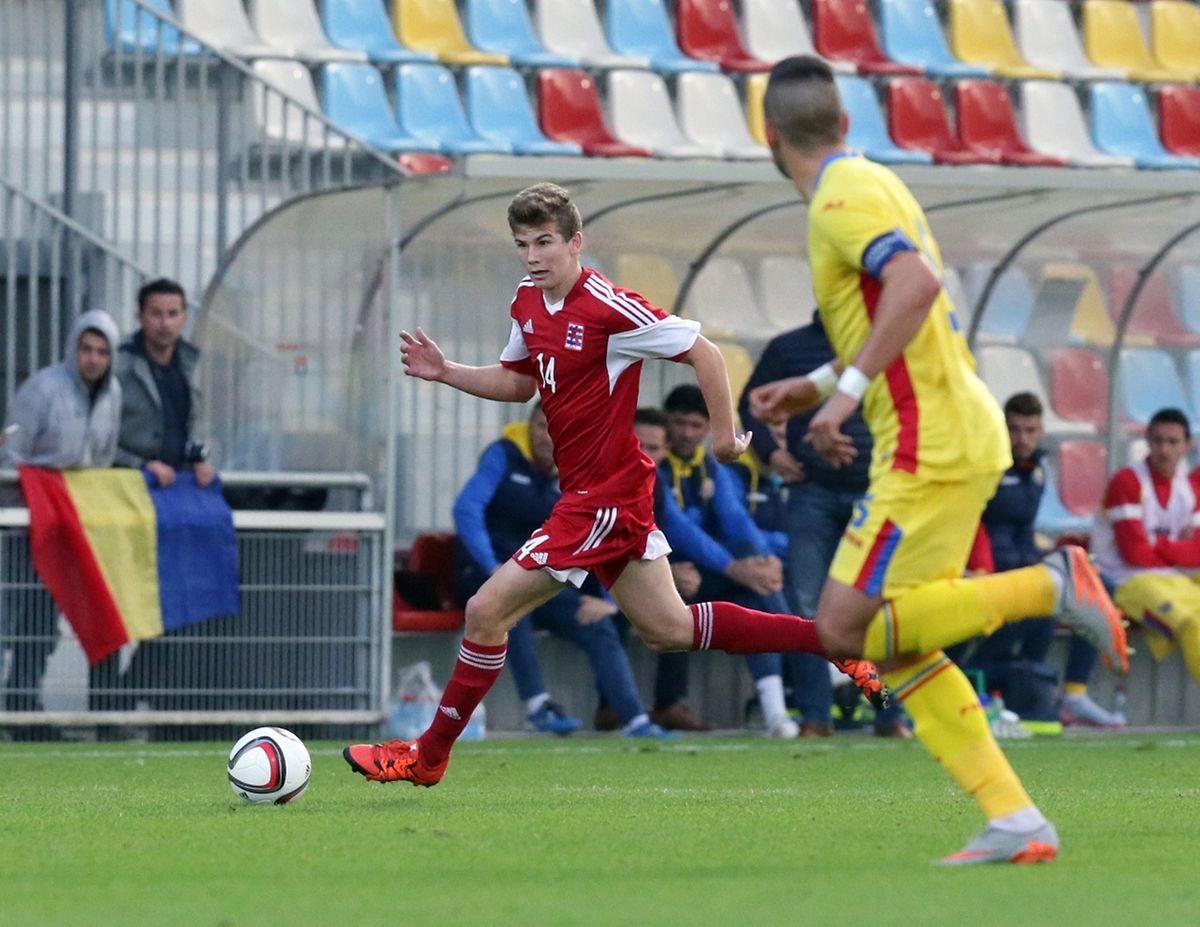 Florian Bonhert tente de déborder, mais les espoirs ont manqué de présence en zone de conclusion