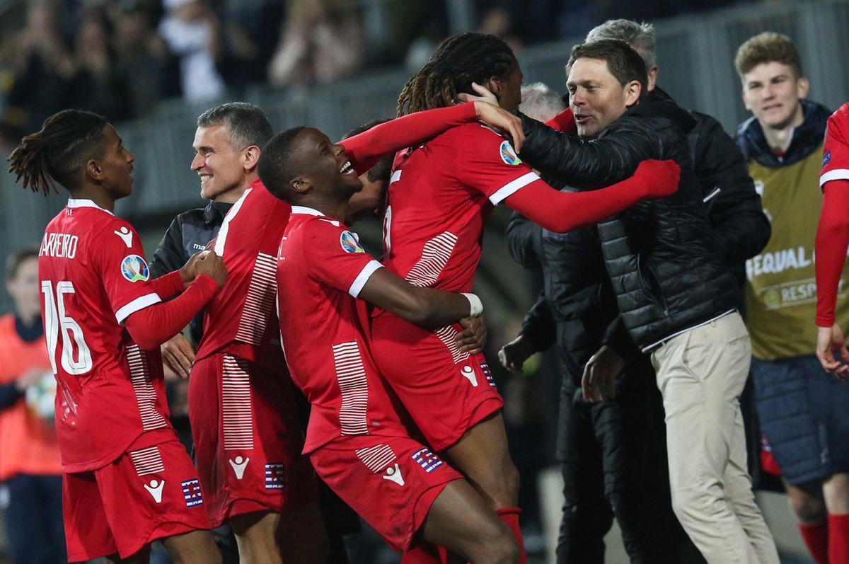 Gerson Rodrigues félicité pour un but de toute beauté. Son premier sous les couleurs luxembourgeoises.
