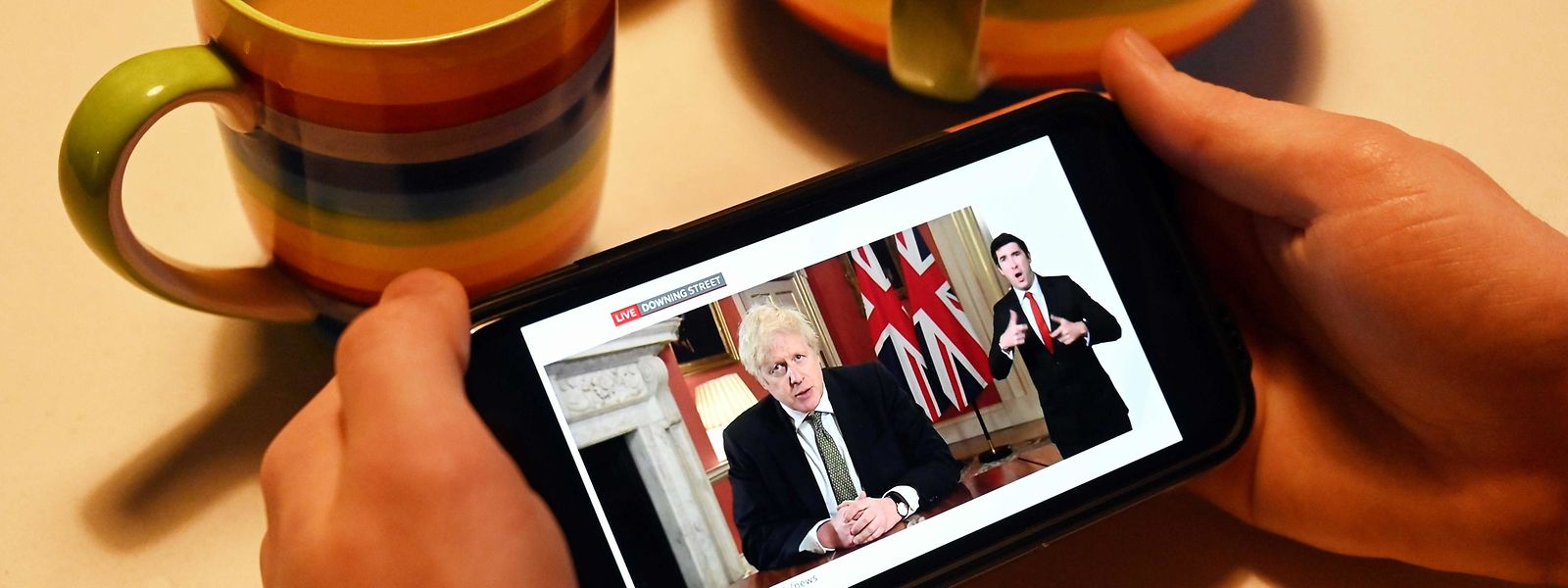 Lundi, le Premier ministre Boris Johnson a annoncé le reconfinement total de l'Angleterre jusqu'à la mi-février.