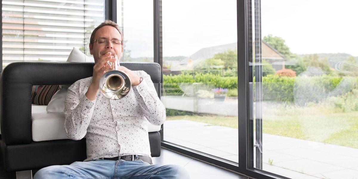 Wenn er musiziert, taucht Trompeter Marc Gillet in seine eigene Welt ab.