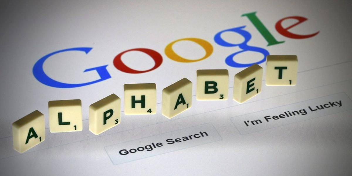 """Die Investoren trauen """"Alphabet"""" mehr Wachstum zu als Apple."""