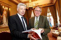 4.6. IPO / Chamber / Debatte Tram / Claude Wiseler , Francois Bausch Foto:Guy Jallay