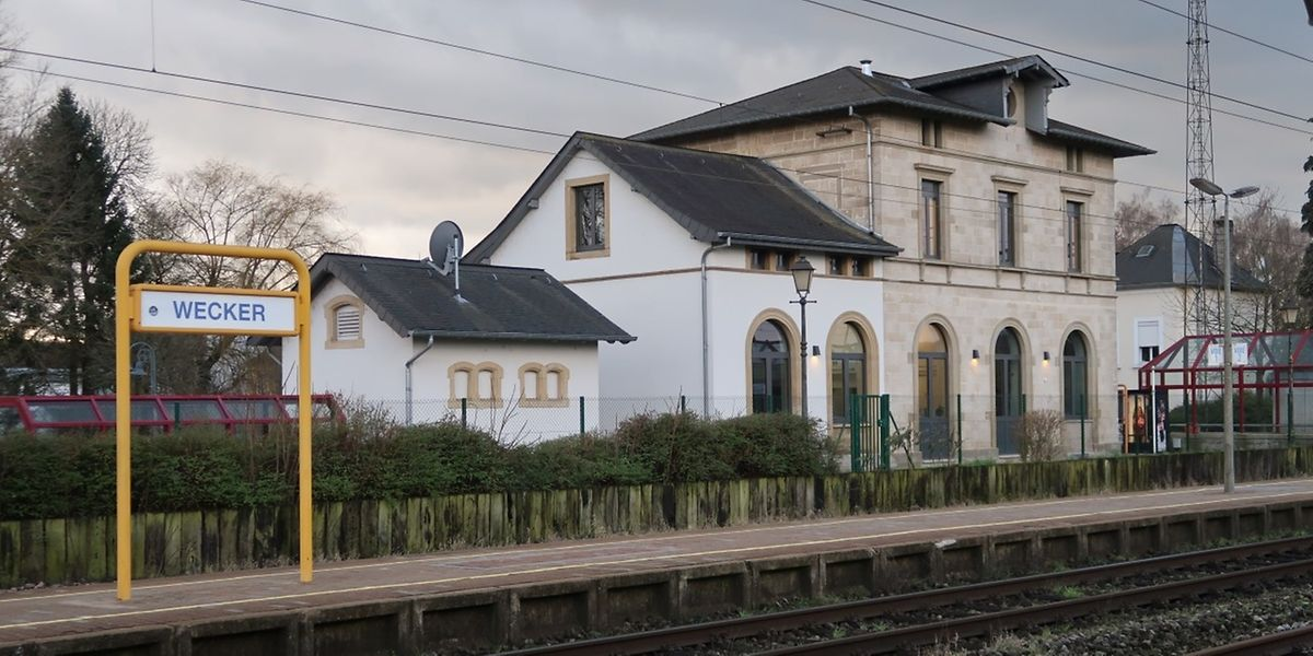 Kleinere Bahnhöfe wie der von Wecker haben seit dem Fahrplanwechsel weniger Zugverbindungen.