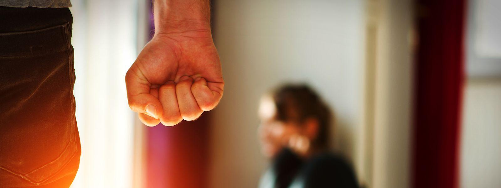 Os casos de violência doméstica aumentaram no espaço de um ano.