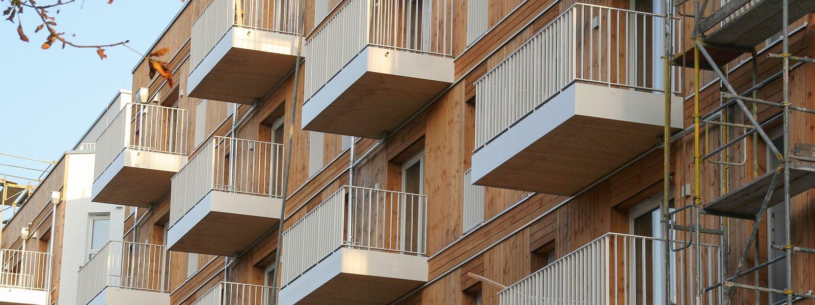 In diesem mehrgeschossigen Bau aus Holz entstehen im Berliner Stadtteil Wedding 98 Wohnungen