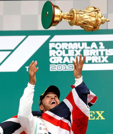 Lewis Hamilton a désormais fait mieux que  Jim Clark et Alain Prost à Silverstone.