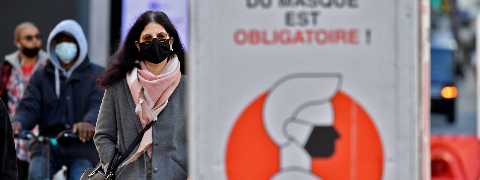 En Belgique, le déconfinement ne devrait pas intervenir avant que le nombre de contaminations ne dégringole jusqu'à 50 par jour.
