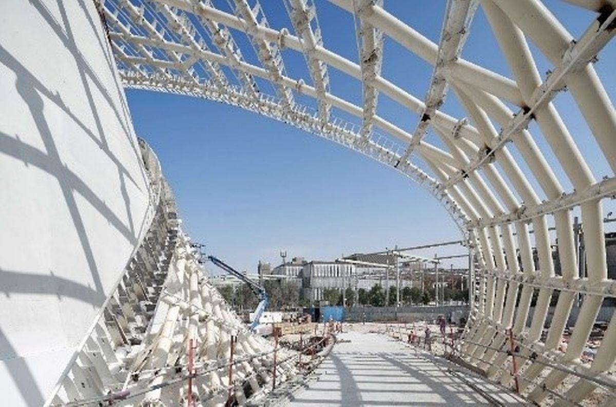 Les courbes du pavillon luxembourgeois se dessinent déjà dans l'air (chaud) des Emirats arabes unis.