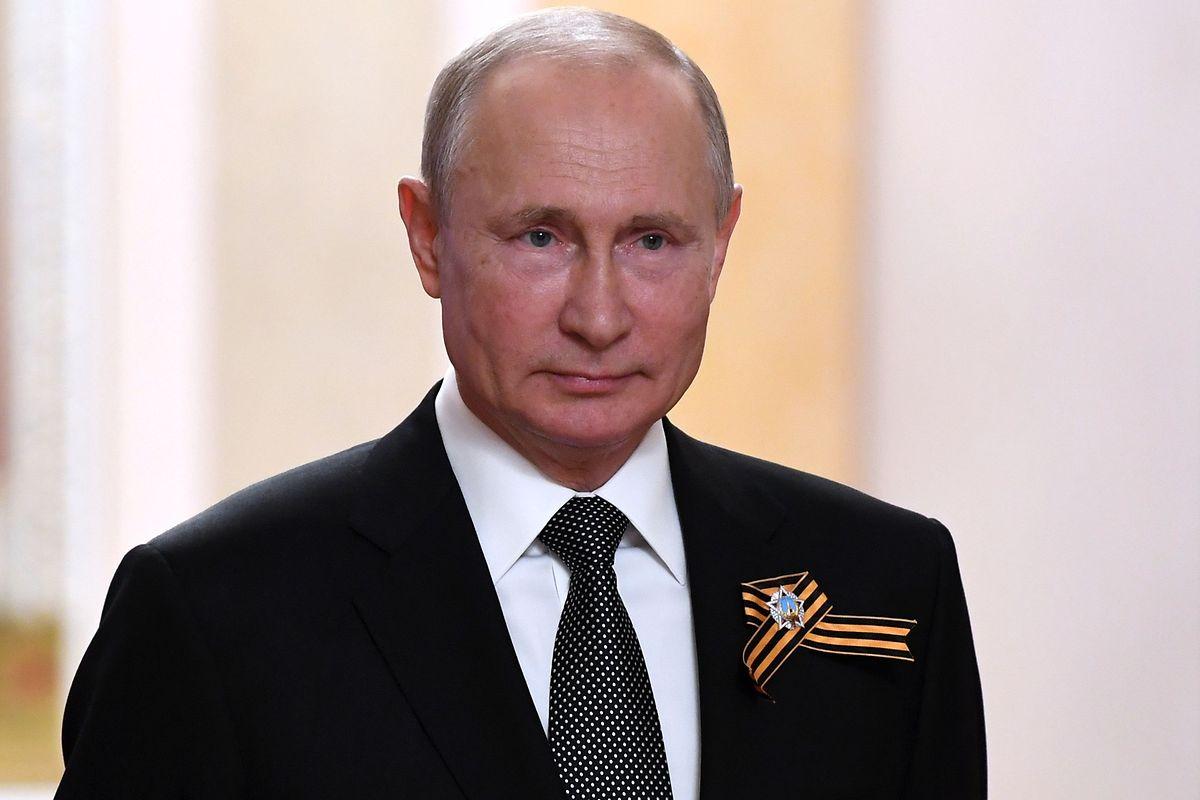 Putin ist seit Mai 2000 Präsident von Russland, mit einer kurzen Unterbrechung zwischen 2008 und 2012.