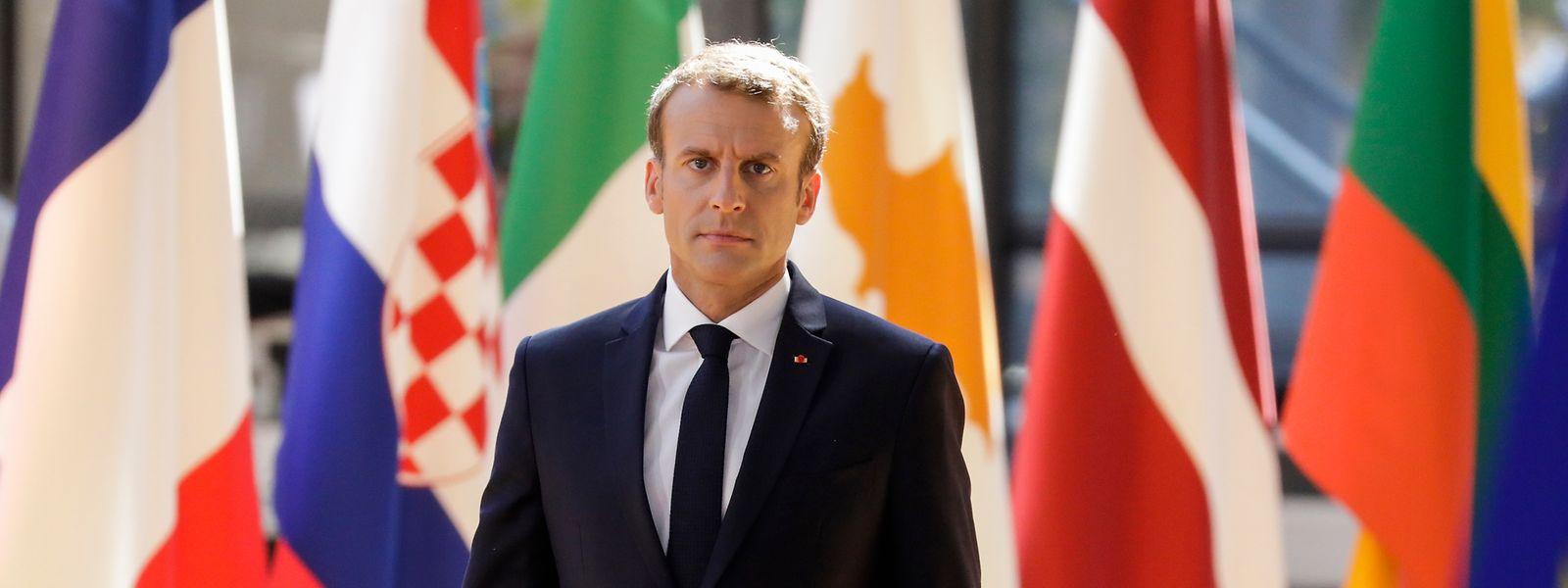 Die EU-Staaten haben sich bei ihrem Gipfel in Brüssel darauf geeinigt, in der EU geschlossene Aufnahmelager für gerettete Bootsflüchtlinge einzurichten.