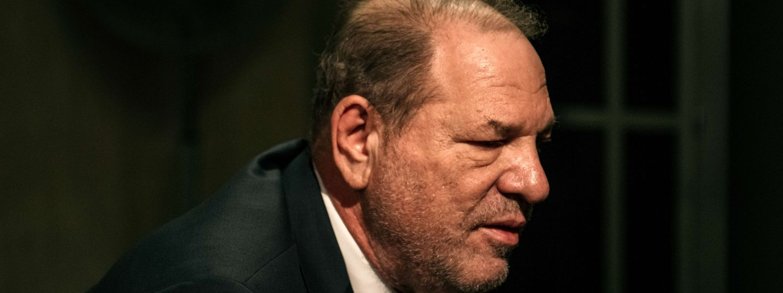 En attendant la durée de sa peine, Harvey Weinstein a été condamné ce lundi à New York.