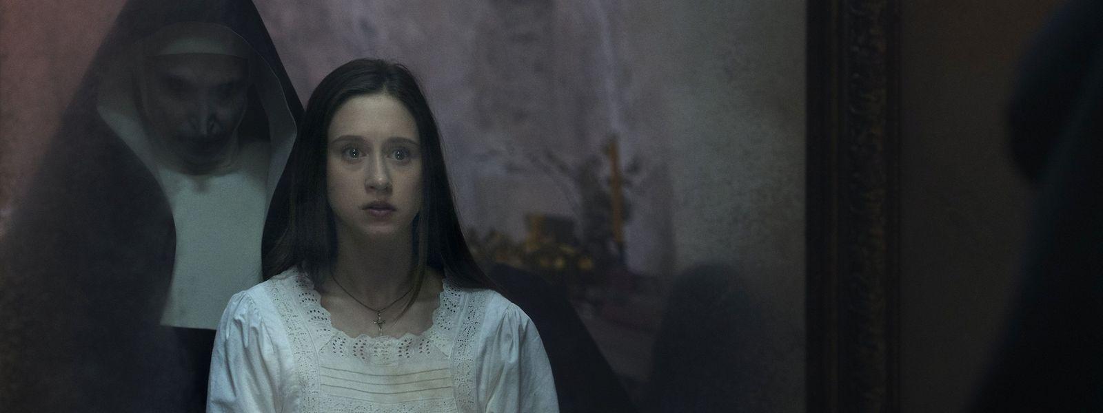 Espelho, espelho meu, há atrás de mim alguma freira morta?