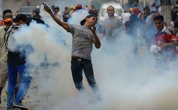 Os confrontos intensificaram-se nas últimas três semanas