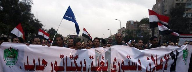 Die Proteste gegen die Machtausweitung des ägyptischen Präsidenten nehmen kein Ende.