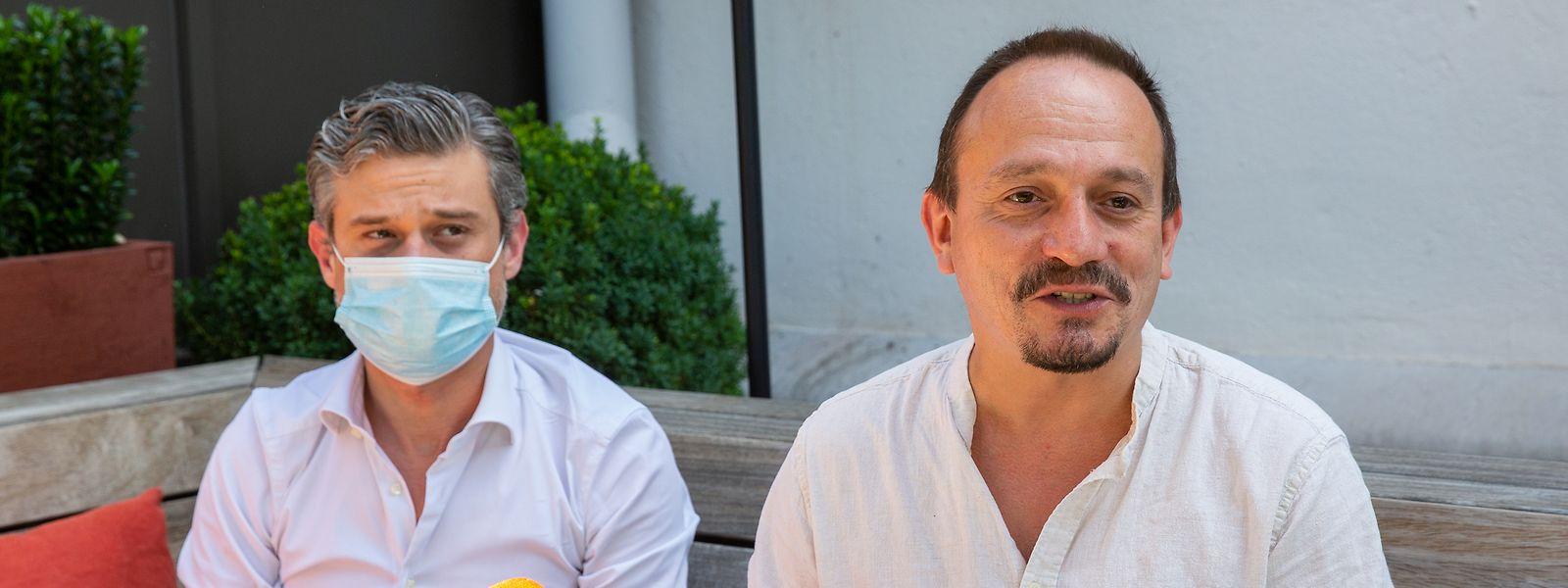 """""""Die Parlamentssession ist noch lang nicht abgeschlossen."""" David Wagner (re.) und Marc Baum bereiten sich auf weitere Sitzungen den Sommer über vor."""