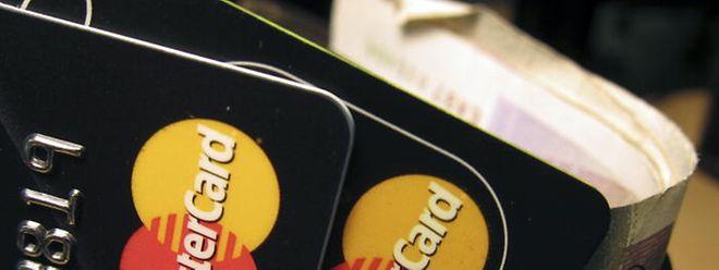 Banken lassen ihre Kunden gern im Unklaren über Gebühren.