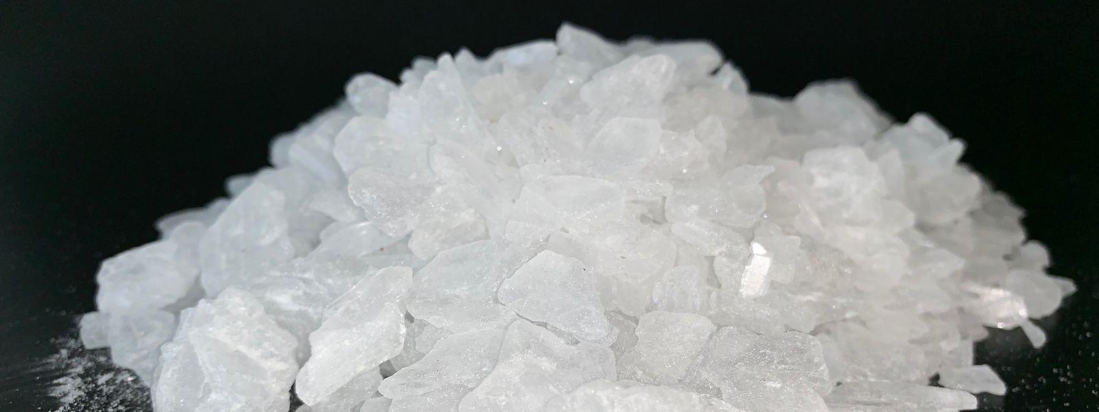 "Synthetisches Methamphetamin, auch ""Crystal Meth"" genannt."
