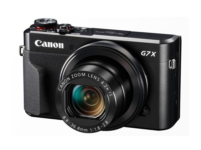 """Wer genug von der Smartphone-Knipserei hat, kann auch zur Kompaktkamera greifen – etwa der """"PowerShot G7 X Mark II"""" mit 4,2-fach-Zoom von Canon. Mit ihr sind sogar Full-HD-Videos möglich – und mit dem WLAN lässt sie sich auch verbinden, um 535 Euro."""