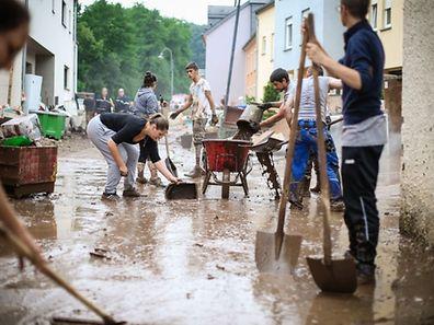 Auch nach zwei Monaten schockieren die Bilder der Überschwemmung. Hier in Ermsdorf.